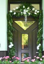 Dvere, síce po svadbe,ale ešte ozdobené