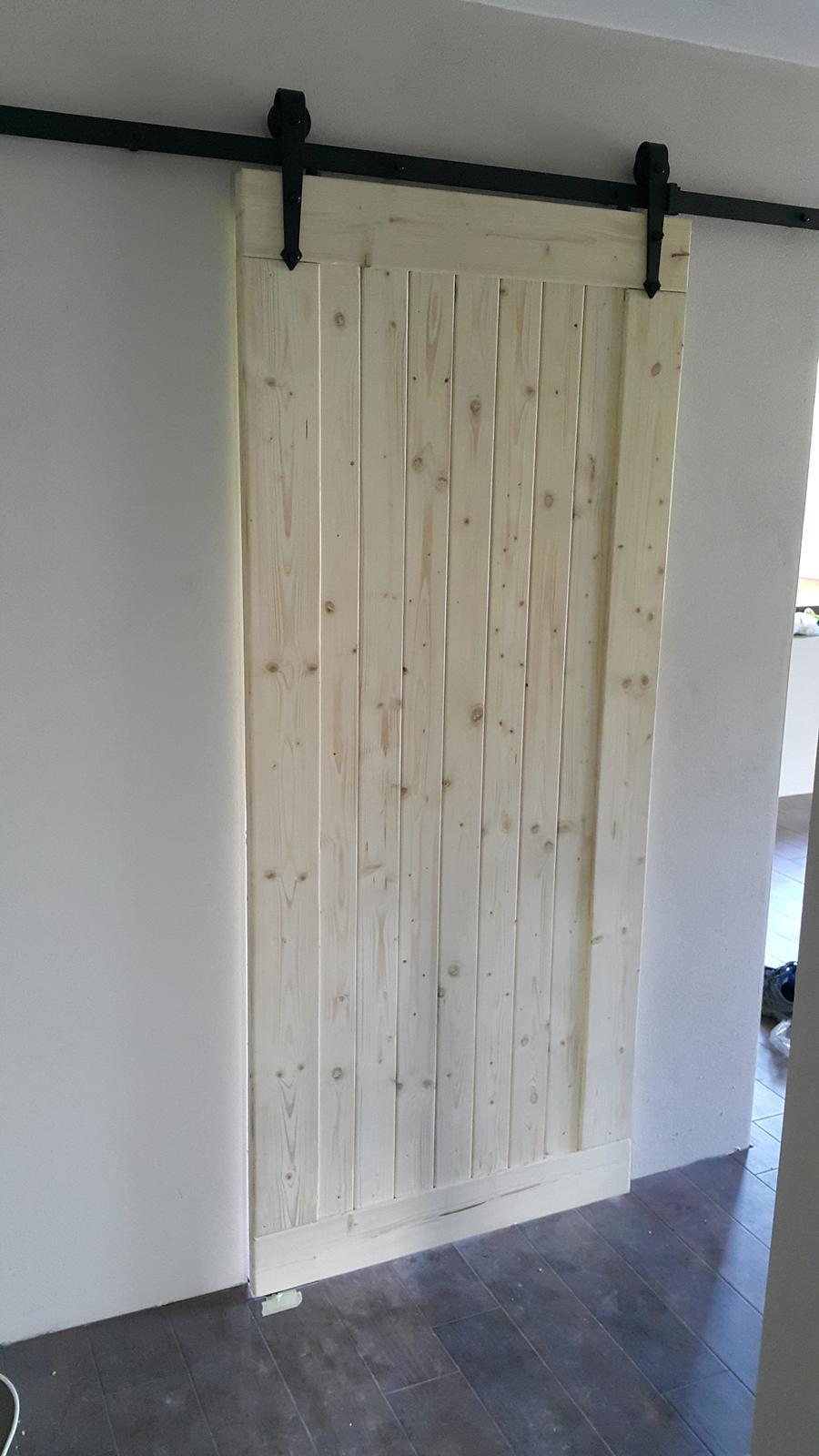 Drevo a veci okolo - posuvne dvere do domu