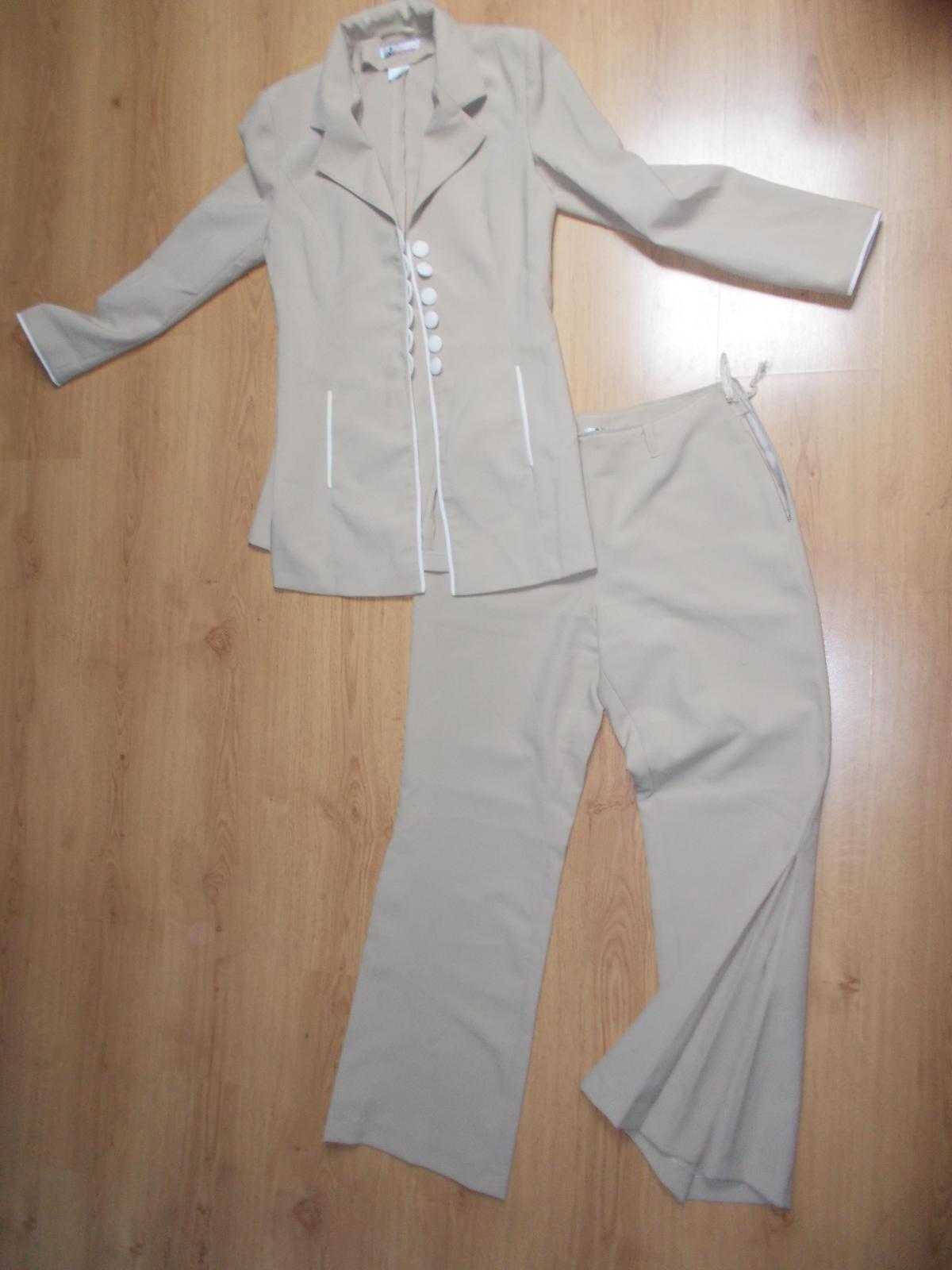 kalhotový kostýmek - Obrázek č. 1