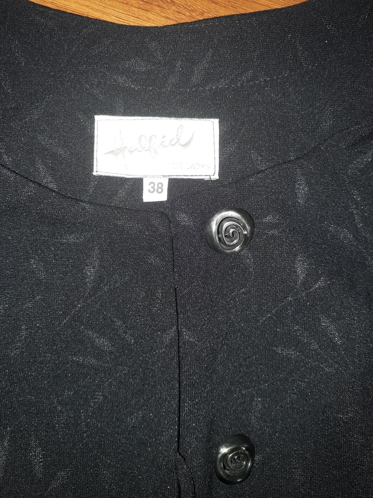 černý kabátek/sako se vzorem, vel 38 - Obrázek č. 2