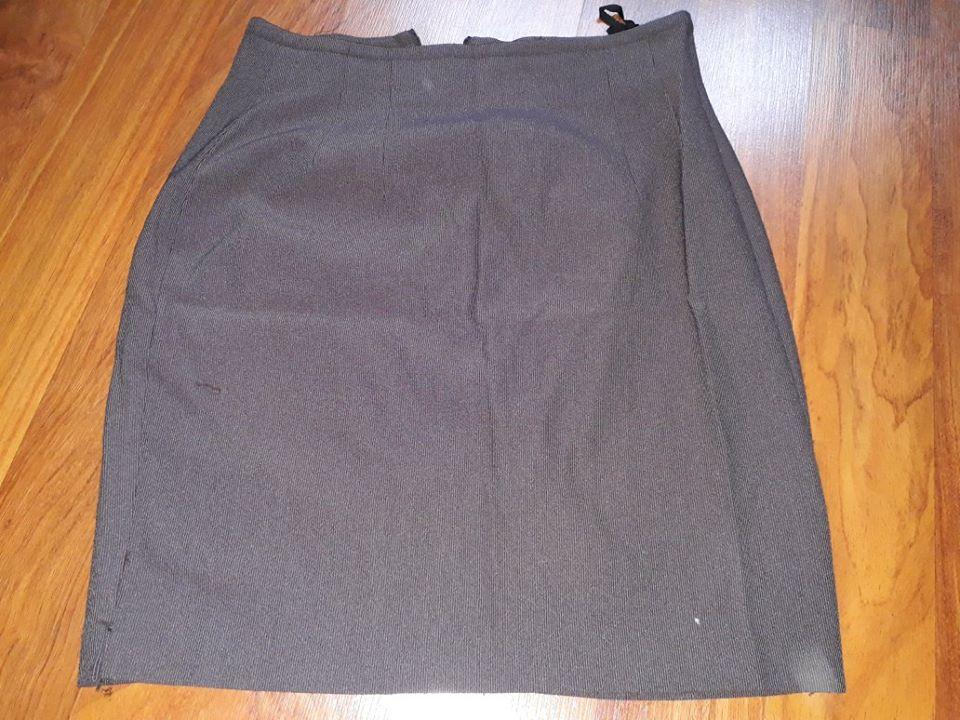 černá sukně vel 38 - Obrázek č. 1