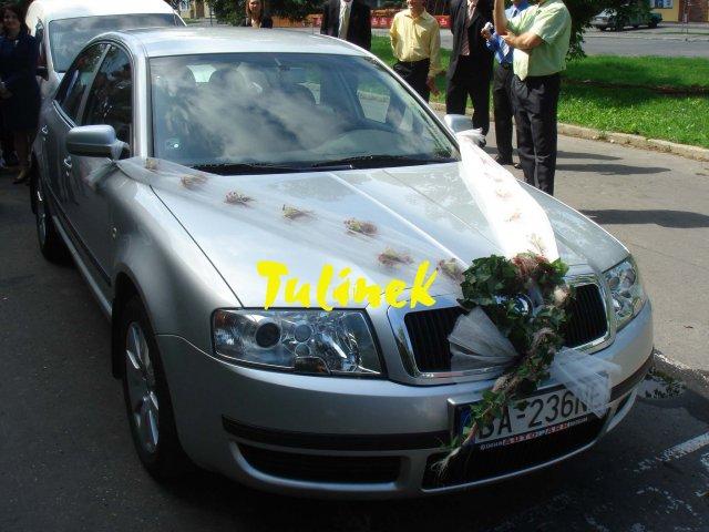 Katka a Juraj neco pro inspiraci z nasi svatby - ozdoba auta