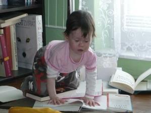 čtenářka po mamince