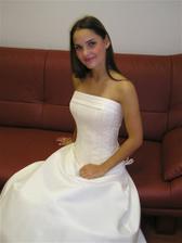 tak tohle nakonec budou moje svatební šaty...