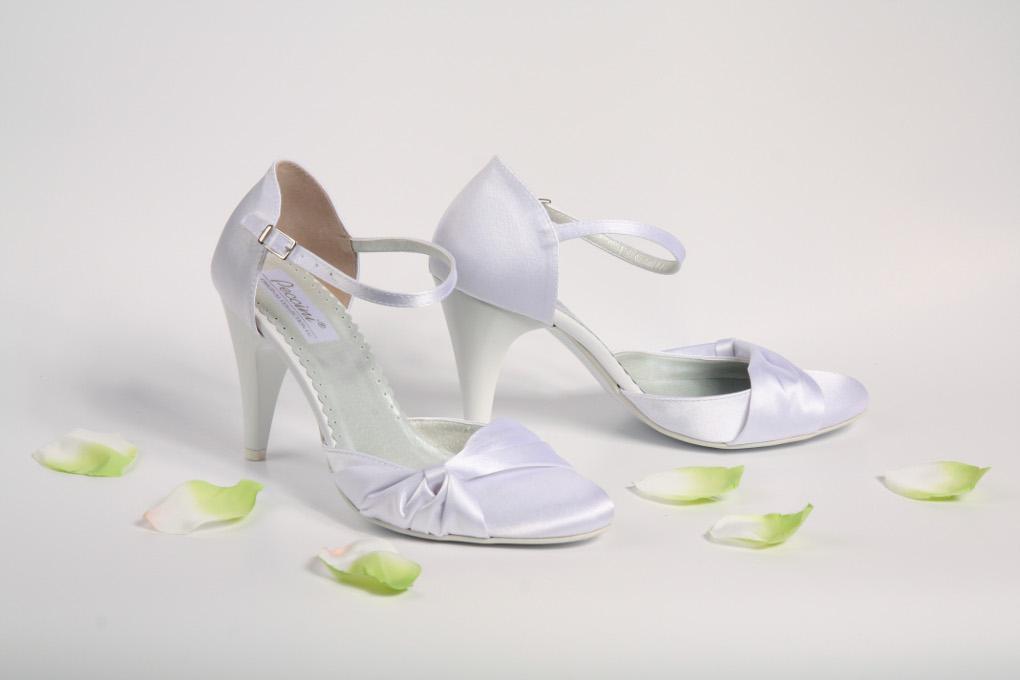 Kde koupím svatební boty  - - Obuv eff24baffd