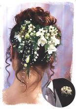 s kvety ve vlasech