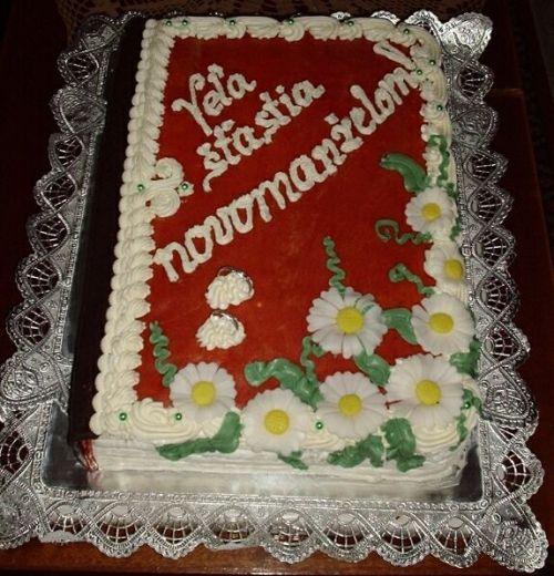 Svatební dorty - zavřená kniha