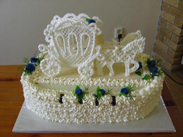 Svatební dorty - S kočárem - krásný