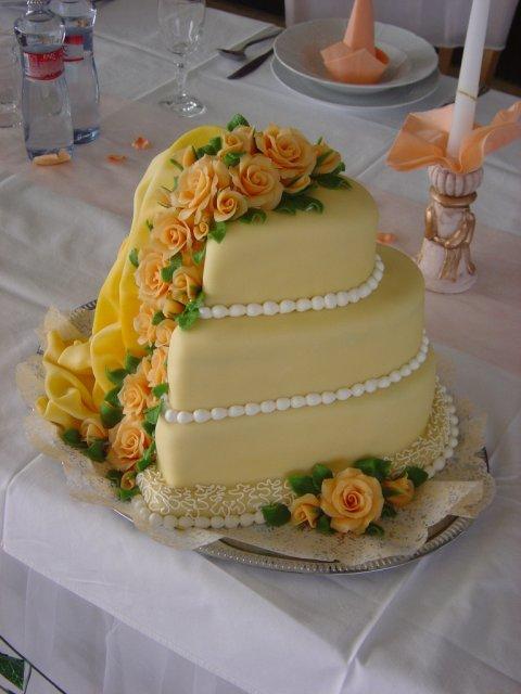 Svatební dorty album č. 2 - patrové srdce