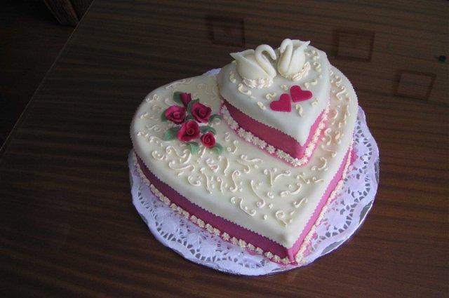 Svatební dorty album č. 2 - krásné srdce
