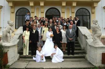 společné foto..všichni naši svatební hosté