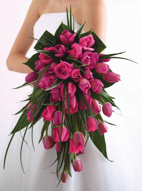 G+M 18. 8. 2007 - Bude to táto. Inú by som ani nechcela. Milujem prekrásne tulipány...Miesto ruží budú tiež tulipky