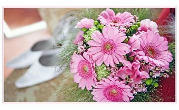 ... úžasné květiny od skvělé paní floristky :-))