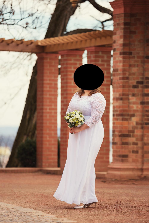 Sněhobílé svatební šaty s 3/4 rukávem vhodné pro baculky - Obrázek č. 1