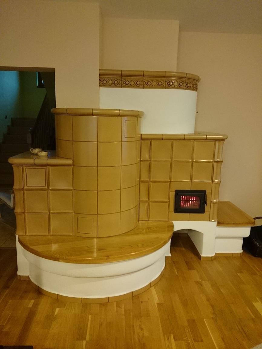 Kachľová pec - Ťažká akumulačná kachľová pec, keramika HEIN, prikladacie dvierka s presklením WGS.