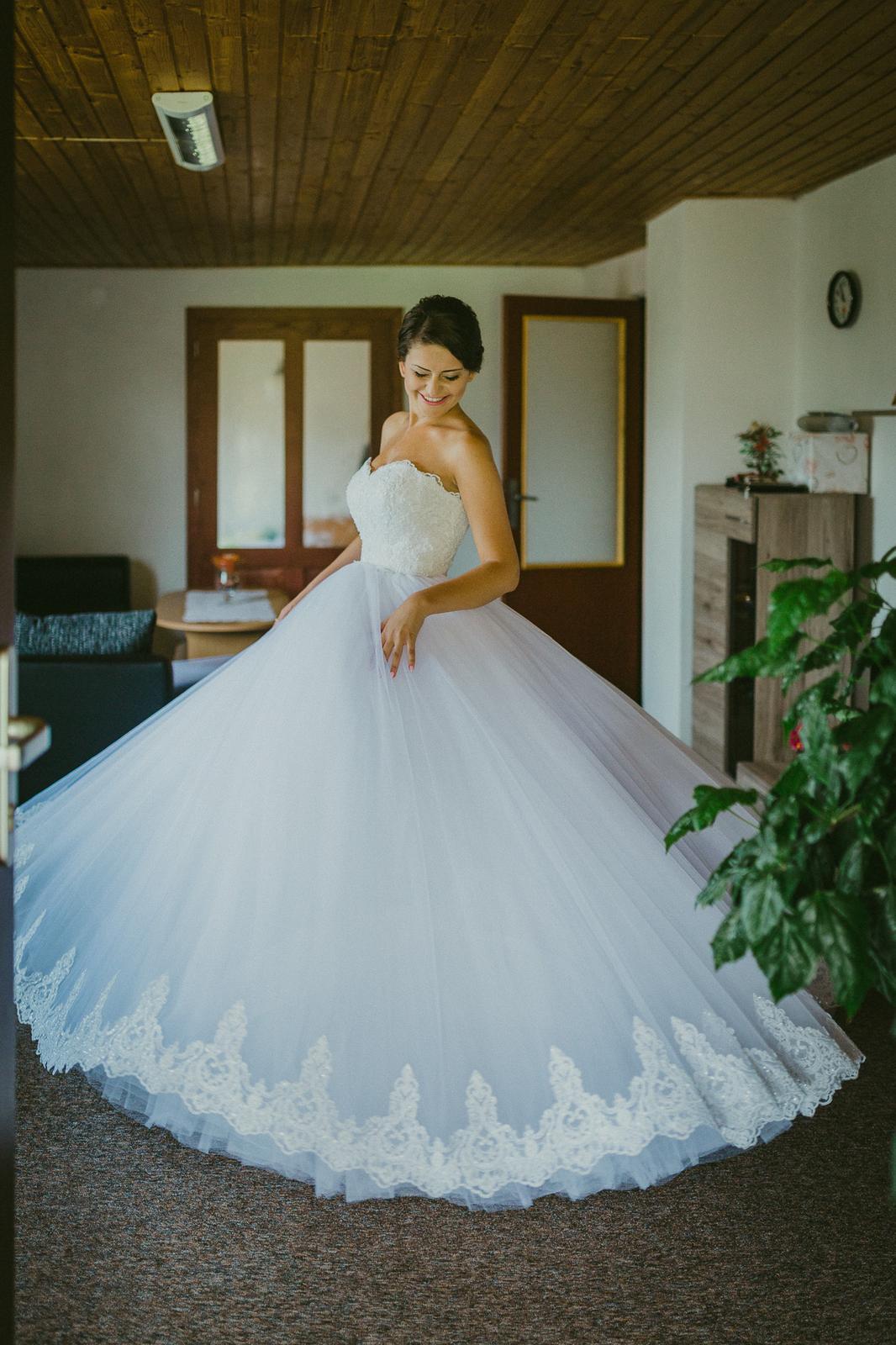 Svadobné šaty Natasha Azariy - Obrázok č. 1