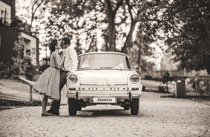 https://www.youtube.com/watch?v=f-aTCnX0rtA   dnes je to 222 dní od naší svatby...:-) neuvěřitelně to letí...:-) - Obrázek č. 1