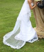 Svadobné šaty + spodnička + španielsky závoj, 36