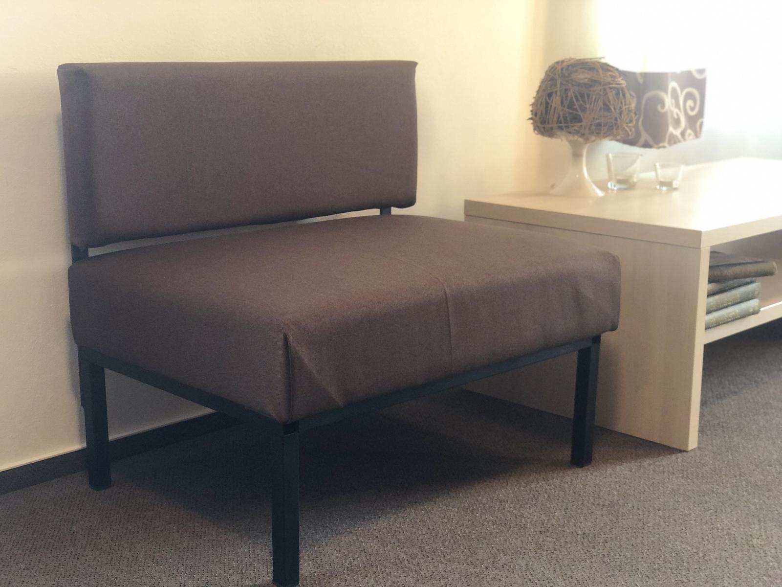 Polstrovaná lavice - Obrázek č. 1