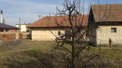 Starý domček, resp. dva :)