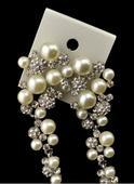 nášnice s perlami,