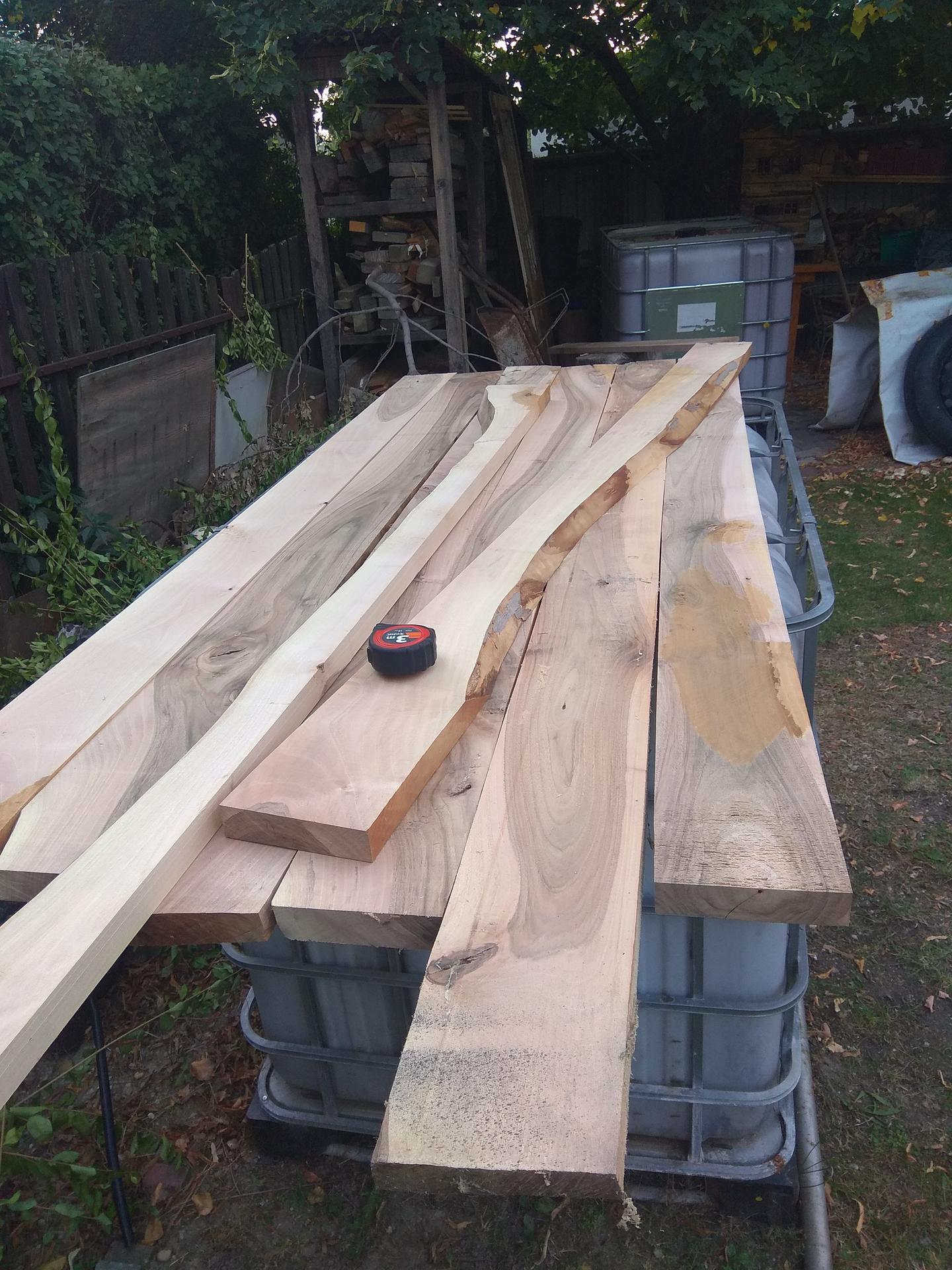 Orechový stôl - Obrázok č. 18