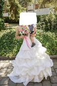 Luxusní svatební šaty, 37