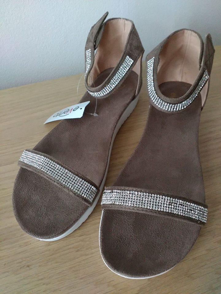 Béžové sandálky - Obrázek č. 1