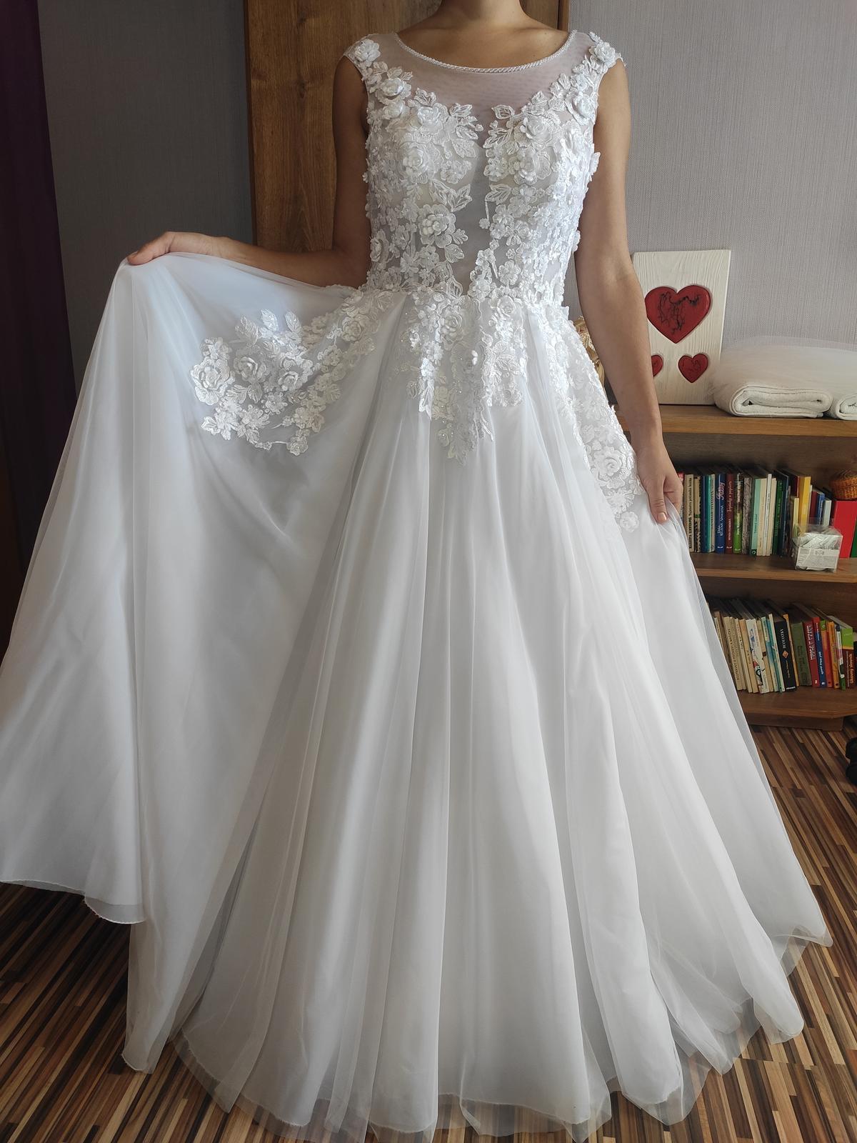 Predávam svoje svadobné šaty - Obrázok č. 1