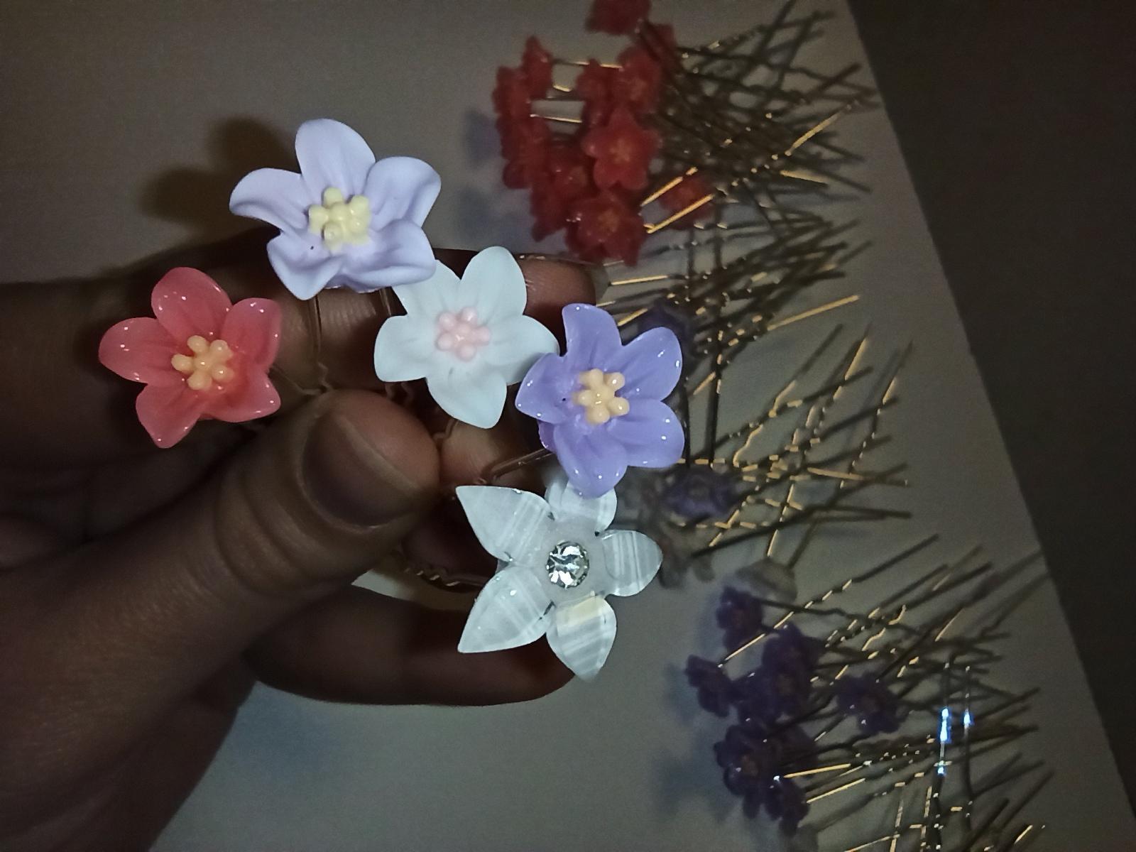 sponky ozdoby do vlasů květy - Obrázek č. 1