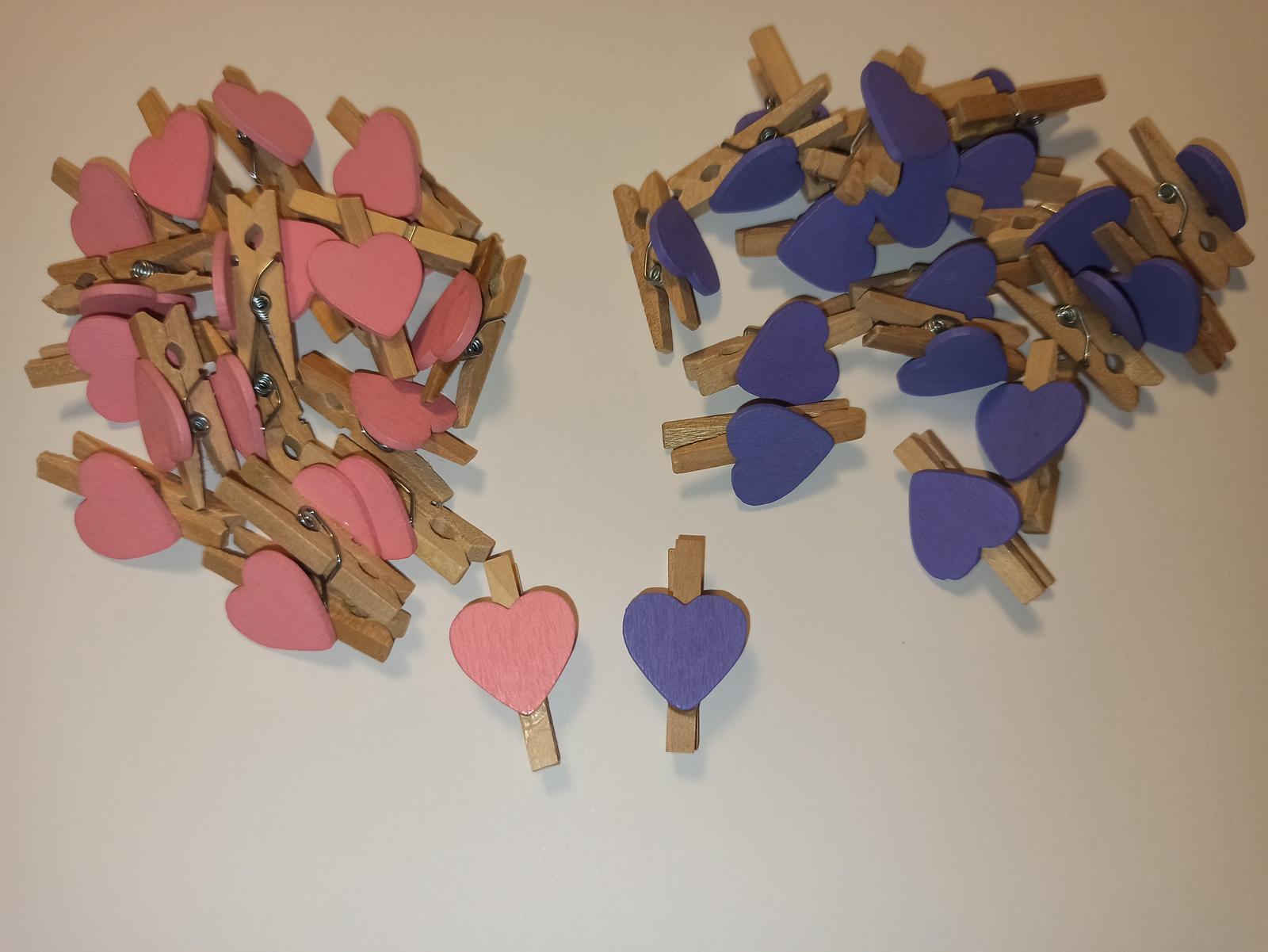 Mini kolíčky srdíčko fialové 20ks - Obrázek č. 2