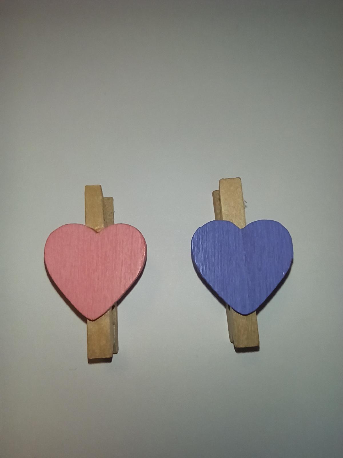 Mini kolíčky srdíčko fialové 20ks - Obrázek č. 1