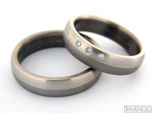 naše prstýnky :o)