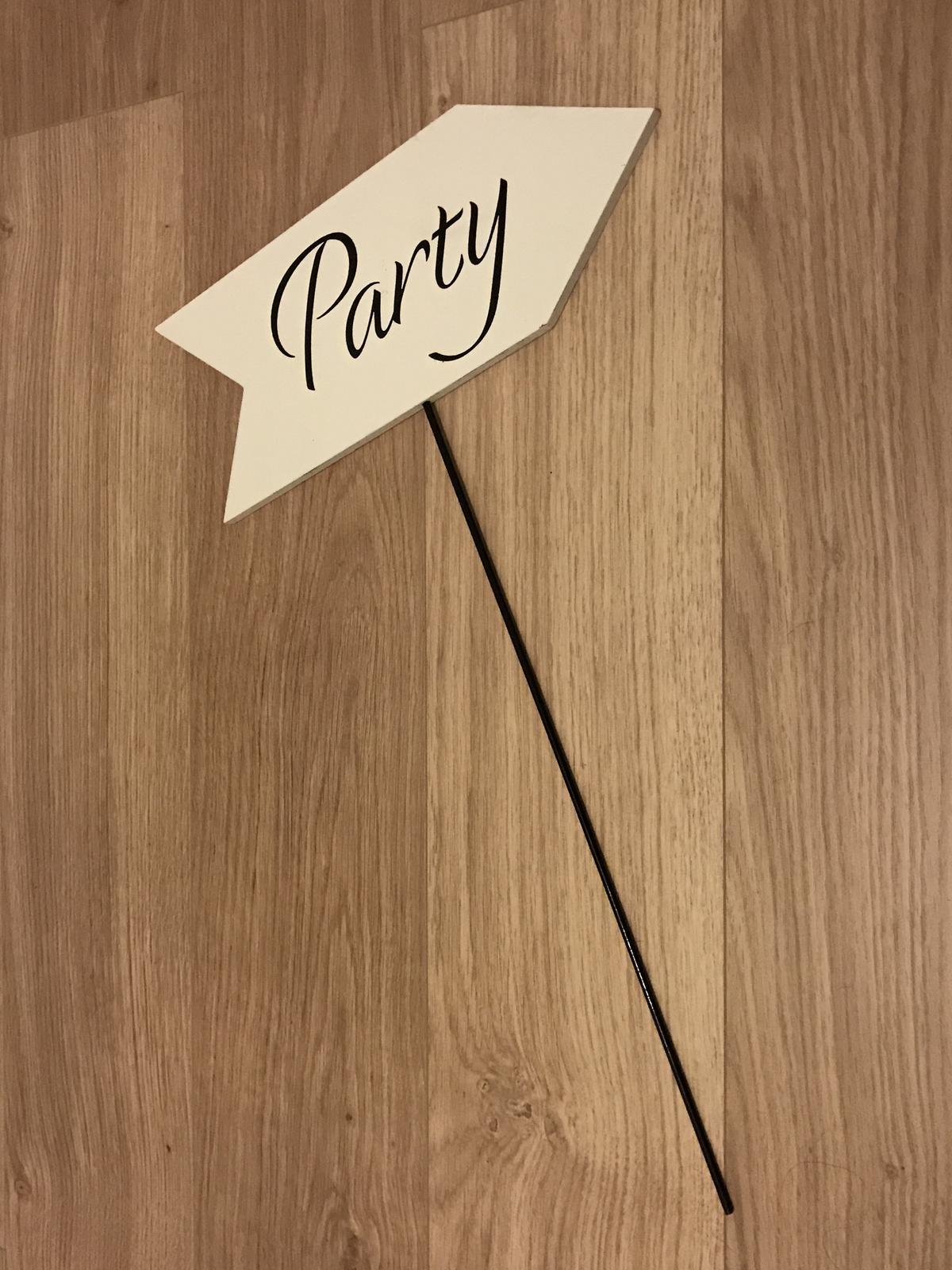 Cedule party - Obrázek č. 1