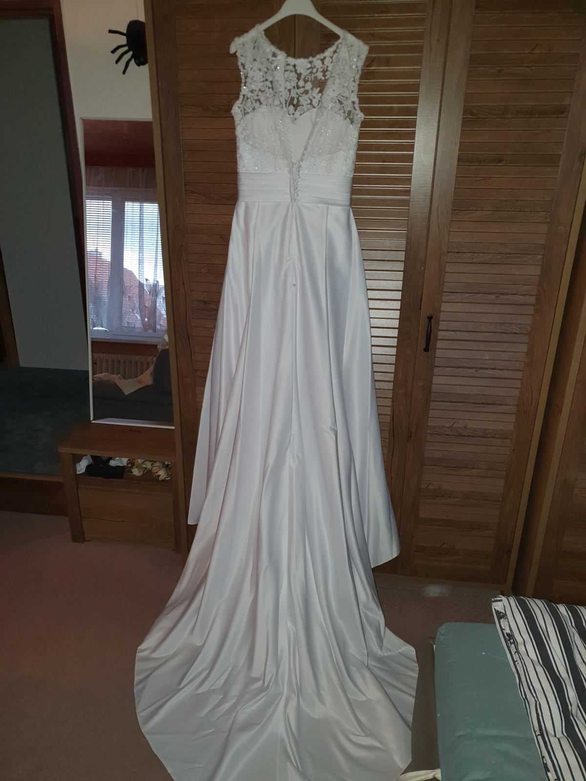 Svatební šaty, vel.36 - Obrázek č. 3