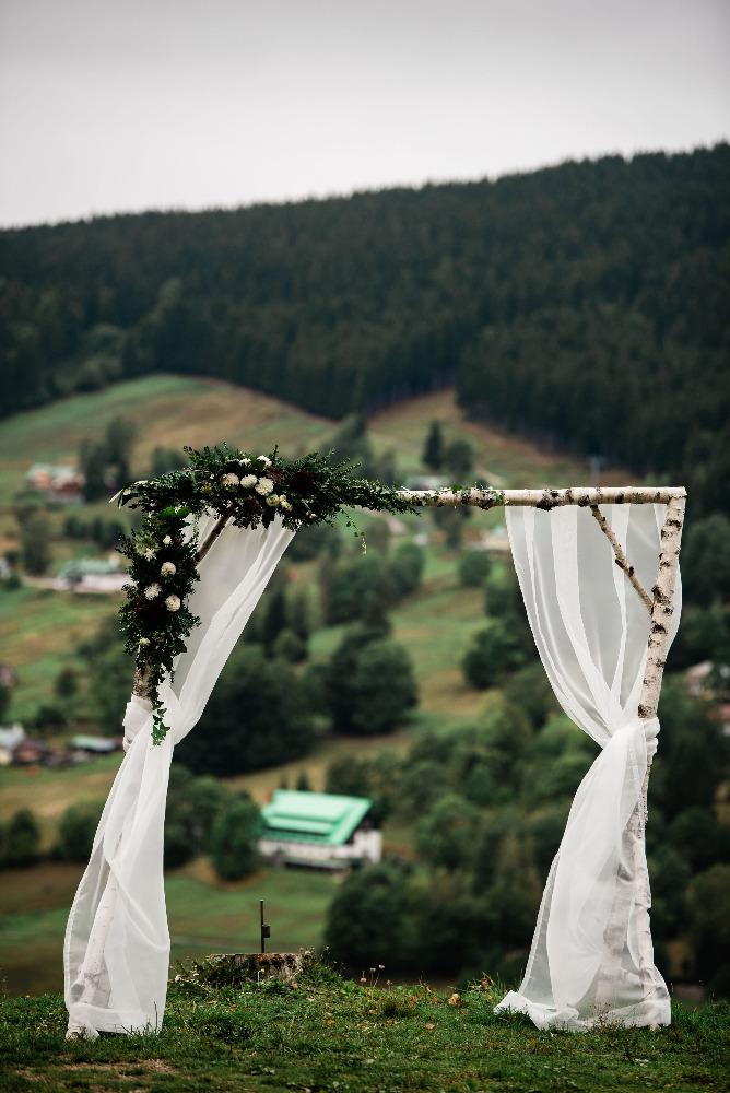 Inspirace pro naši malou svatbu v horách - Obrázek č. 2