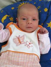 To je naše zlatíčko Emička,narodila se 2.5.2010