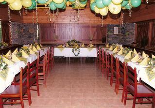 tady bude svatební hostina