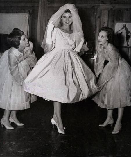 AZ inspirace I. - svatební šaty - Obrázek č. 84