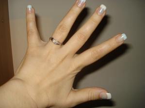 ten nejkrááásnější prstýnek;-))