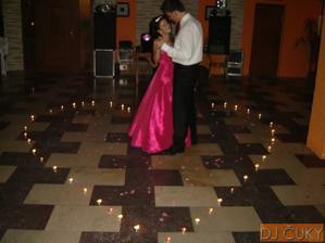 po polnoci romantika na zvonárovu pieseň