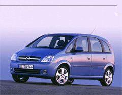 svatební auto, jen v tm. modré :)