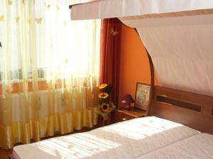 Naša spálňa (ešte nezariadená úplne)