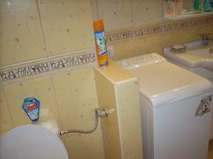 a oproti wc, muricek,pracka a skrinka