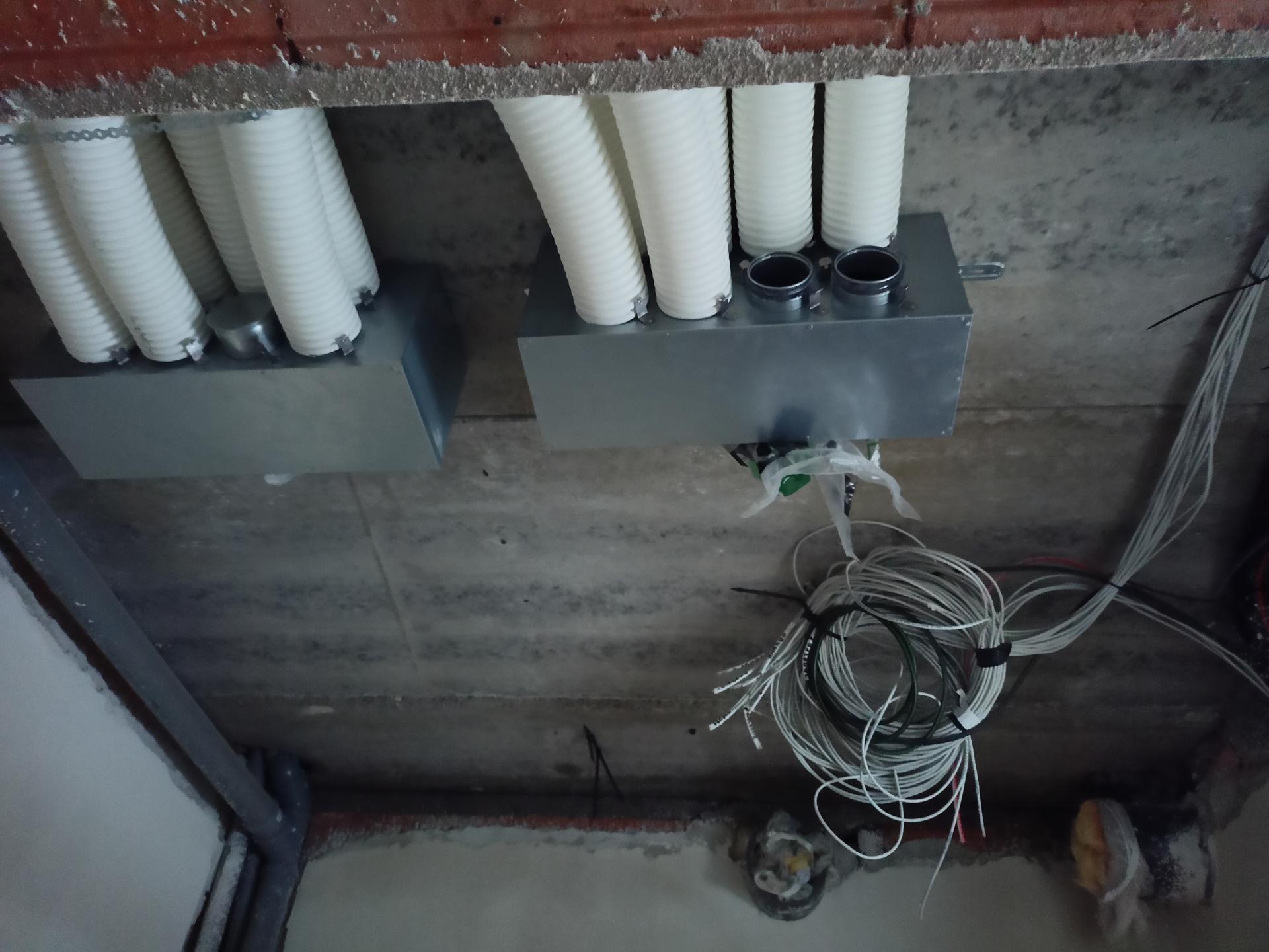 Naše doma - Rekuperace ukončení v technické místnosti