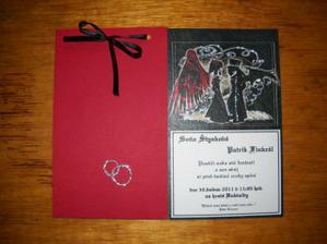 ...první kompletní svatebko (nesvázané)..vlevo přední strana, vpravo spodní... :-)