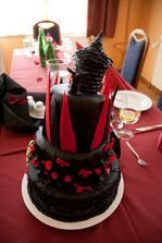 ...náš vysněný dortík...luxusnííí... :-)