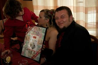 ...a jeden se svatebních darů... 8))