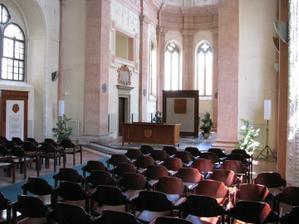 Uvnitř Kaple