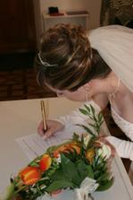 podpis nevěsty...